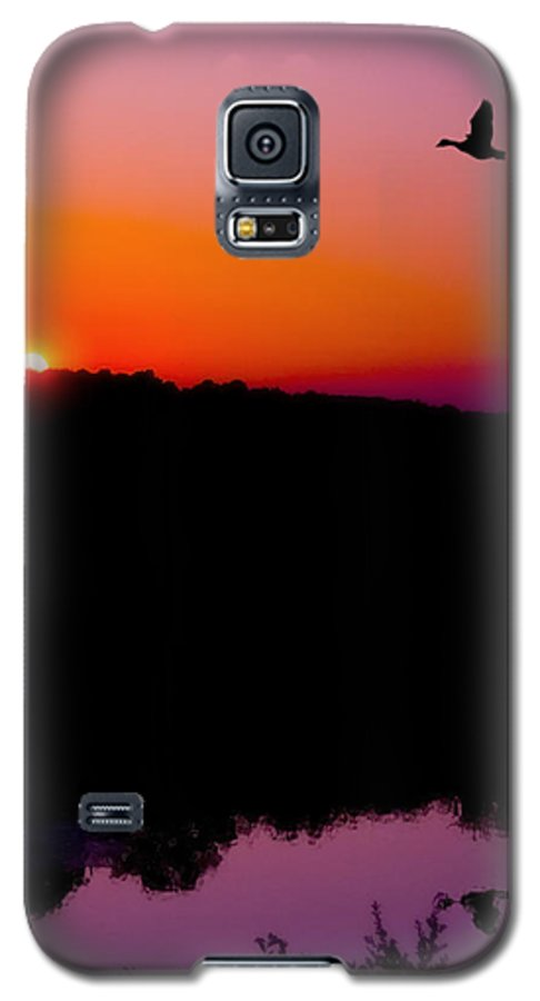 Sunset Galaxy S5 Case featuring the photograph Heading Home by Kenneth Krolikowski