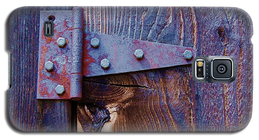 Hinge Galaxy S5 Case featuring the photograph Hinged by Debbi Granruth