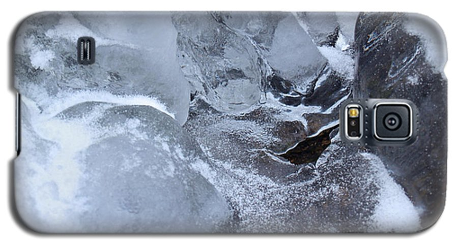 Snow Galaxy S5 Case featuring the photograph Icy Creek Forms In Pocono Mountains by Anna Lisa Yoder
