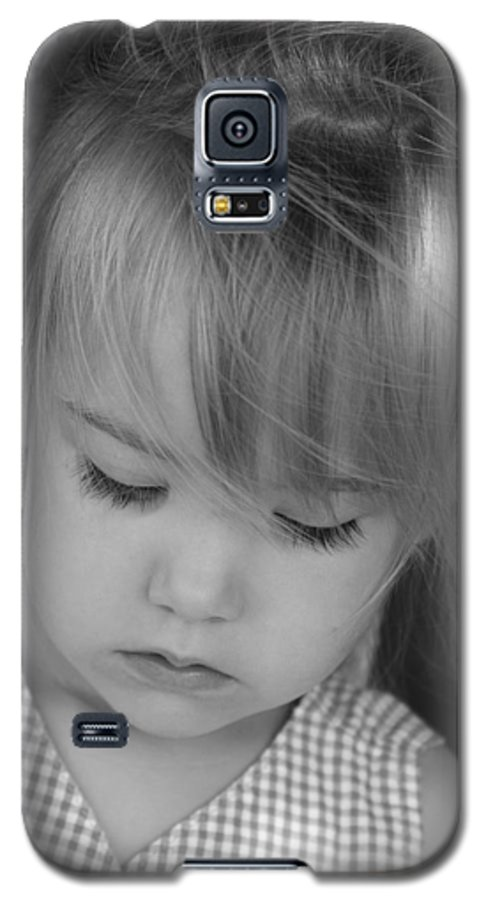 Angelic Galaxy S5 Case featuring the photograph Innocence by Margie Wildblood