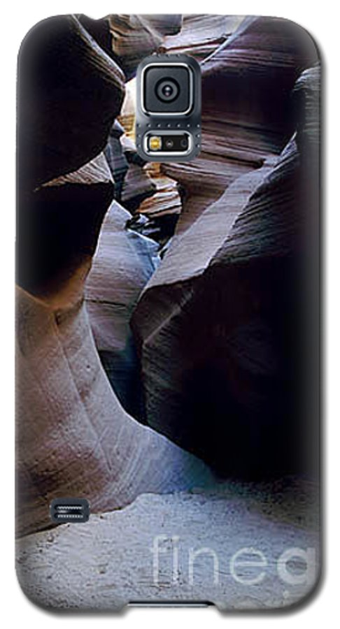 Slot Canyons Galaxy S5 Case featuring the photograph Into The Depths by Kathy McClure