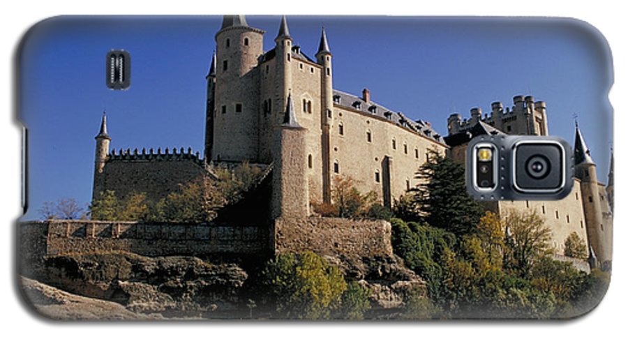 Royal Galaxy S5 Case featuring the photograph Isabella's Castle In Segovia by Carl Purcell
