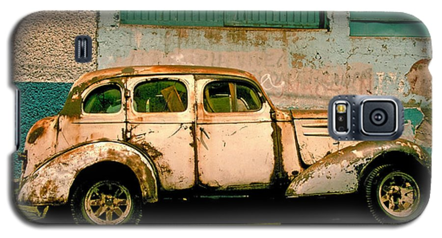 Skip Galaxy S5 Case featuring the photograph Jalopy by Skip Hunt
