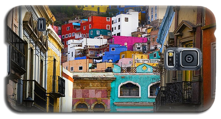 Architecture Galaxy S5 Case featuring the photograph Juegos In Guanajuato by Skip Hunt