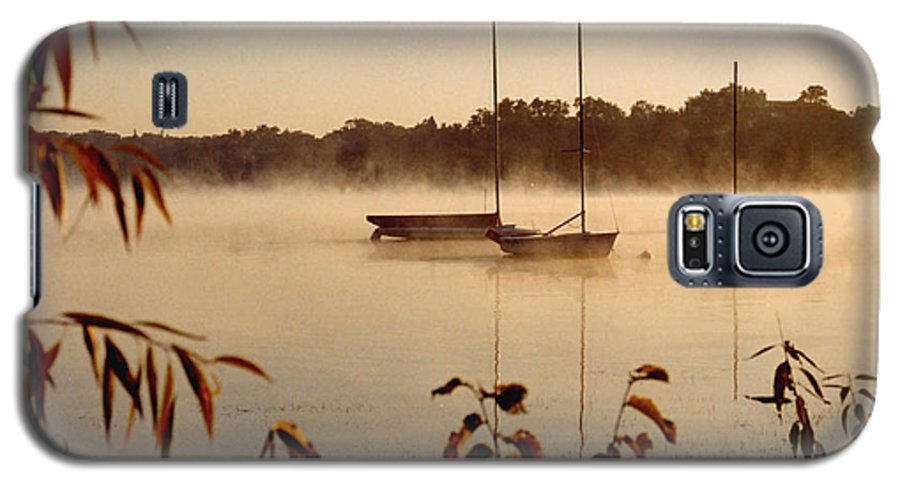 Landscape Galaxy S5 Case featuring the photograph Lake Calhoun by Kathy Schumann