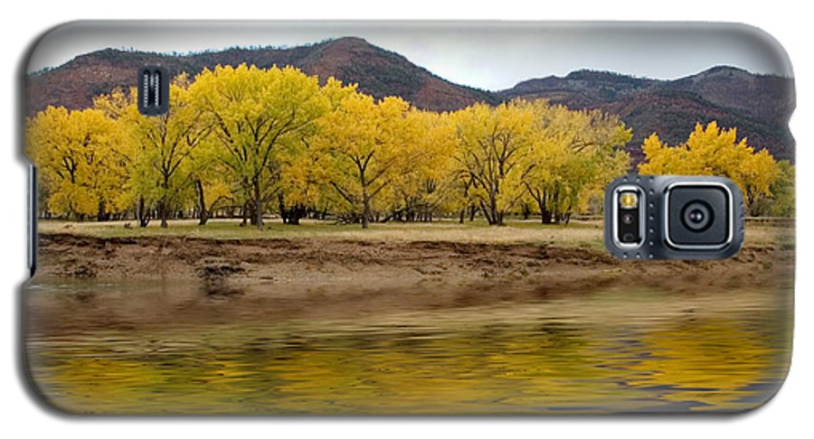 River Galaxy S5 Case featuring the photograph Las Animas Fall by Jerry McElroy