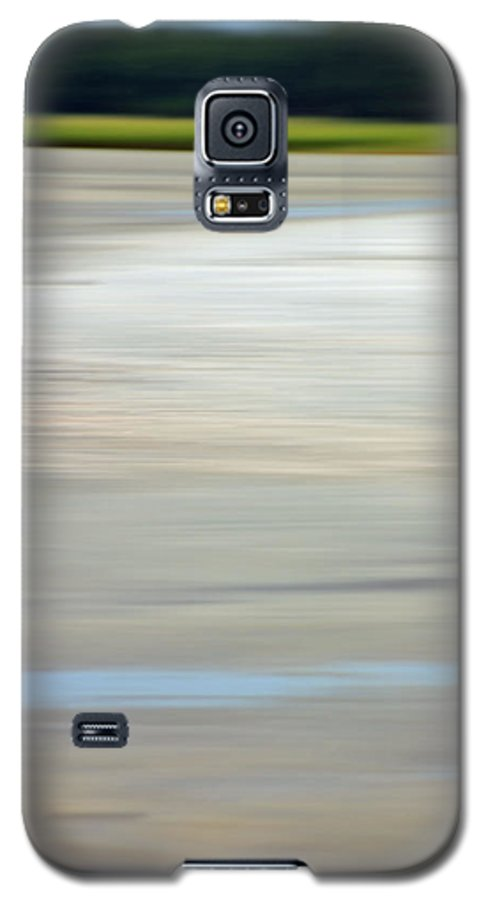 Coastal Galaxy S5 Case featuring the photograph Low Country Coastal Blur by Suzanne Gaff
