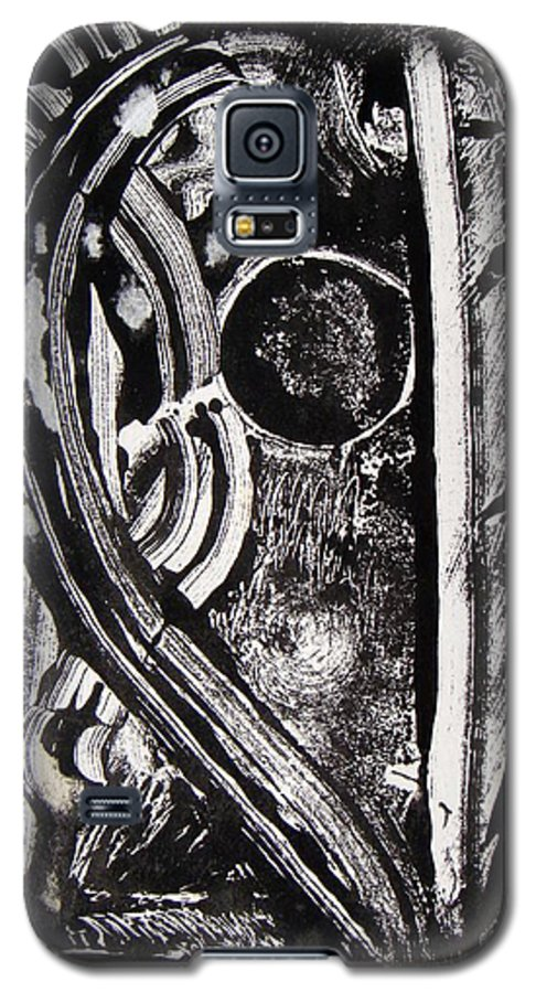 Abstract Galaxy S5 Case featuring the painting Lune Noire by Muriel Dolemieux