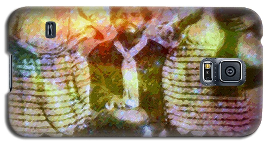 Rainbow Colors Digital Galaxy S5 Case featuring the photograph Manawa Poe Kaahele by Kenneth Grzesik