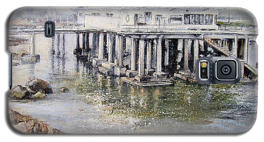 Maritim Galaxy S5 Case featuring the painting Maritim Club Castro Urdiales by Tomas Castano