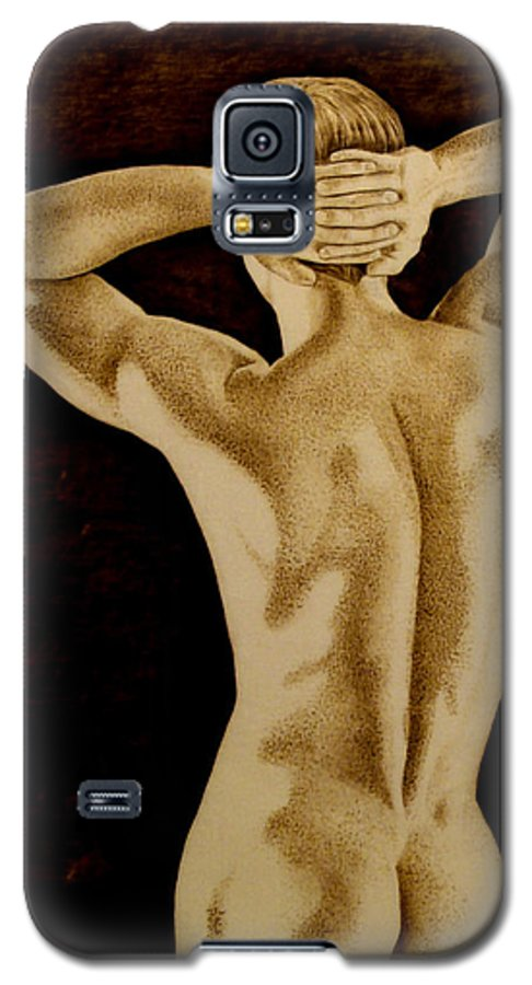Pyrography; Sepia; Nude; Male; Back; Pointillism; Shadow; Hands; Naked; Muscles; Galaxy S5 Case featuring the pyrography Midnight Stretch by Jo Schwartz