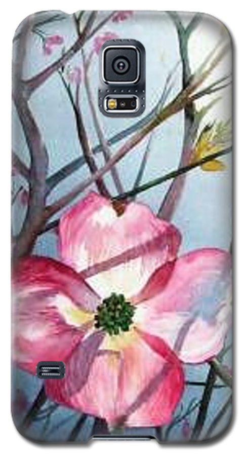 Dogwood Galaxy S5 Case featuring the painting Mom's Dogwood by Linda Marie Carroll