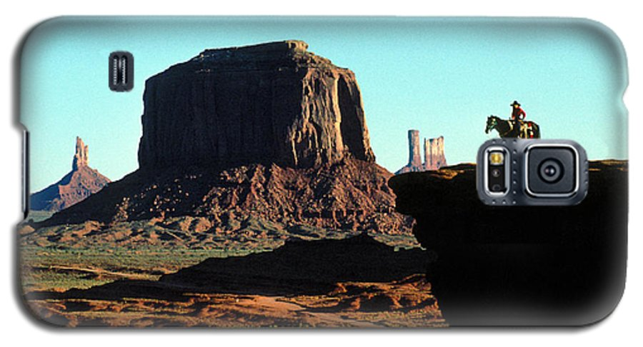 Man Galaxy S5 Case featuring the photograph Monument Valley by Carl Purcell