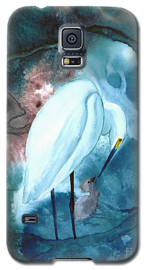 A Mother Egret With Her Chick- A Watercolor Painting Galaxy S5 Case featuring the painting Mother And Child by Mui-Joo Wee