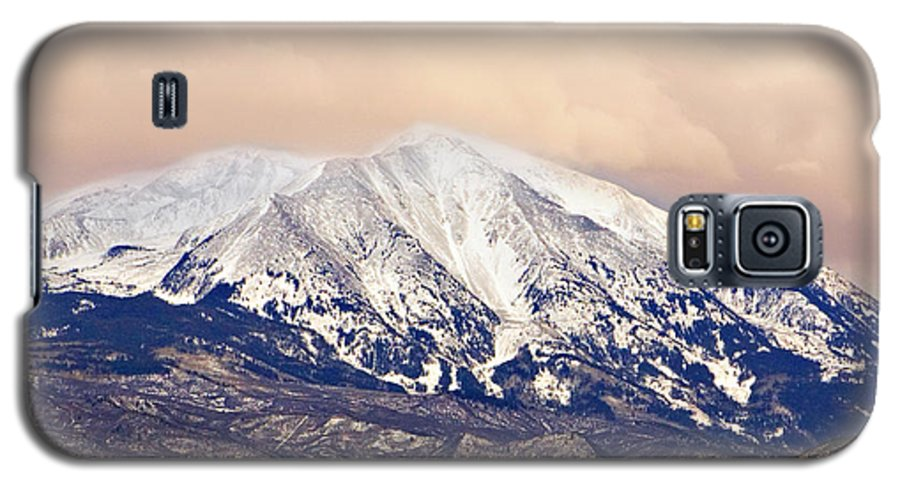 Americana Galaxy S5 Case featuring the photograph Mount Sopris by Marilyn Hunt