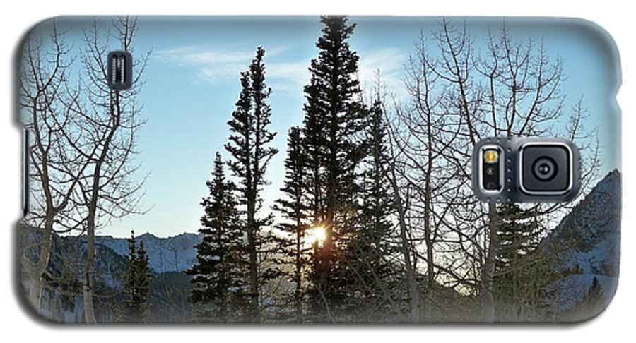 Rural Galaxy S5 Case featuring the photograph Mountain Sunset by Michael Cuozzo