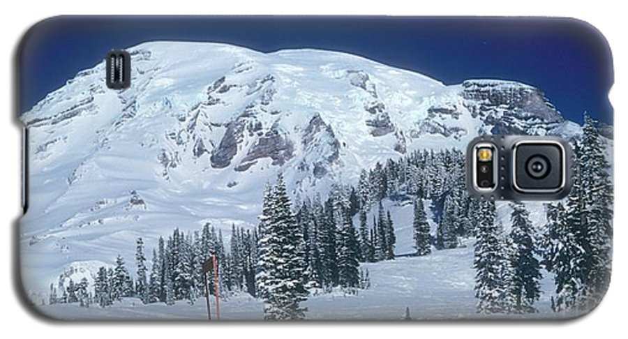 Mt. Rainier Galaxy S5 Case featuring the photograph Mt. Rainier by Larry Keahey