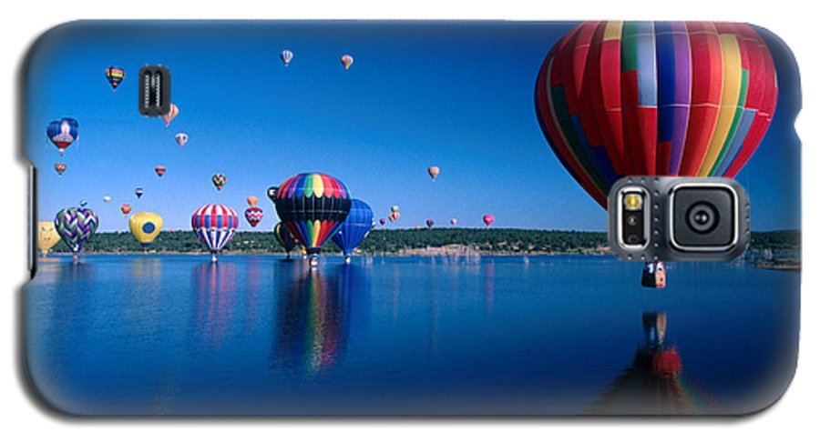 Hot Air Balloon Galaxy S5 Case featuring the photograph New Mexico Hot Air Balloons by Jerry McElroy