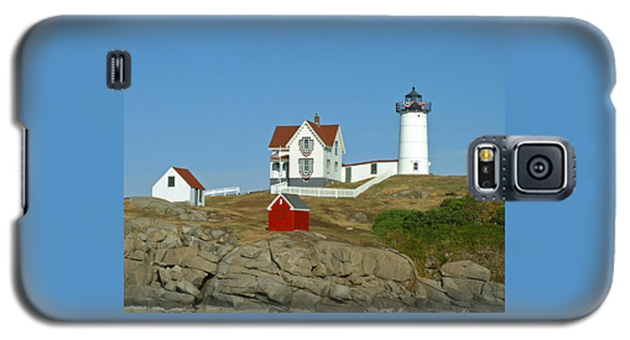 Nubble Galaxy S5 Case featuring the photograph Nubble Light by Margie Wildblood