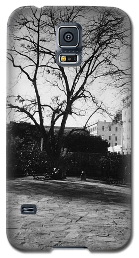 Town Galaxy S5 Case featuring the photograph Old Towne by Pharris Art