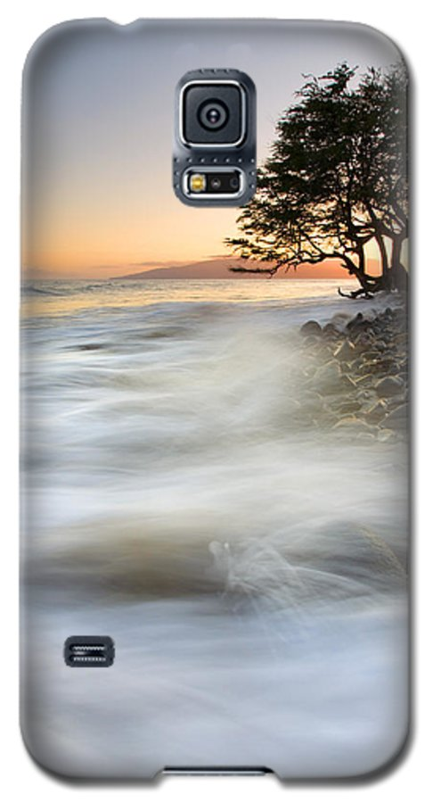 Sunset Galaxy S5 Case featuring the photograph One Against The Tides by Mike Dawson