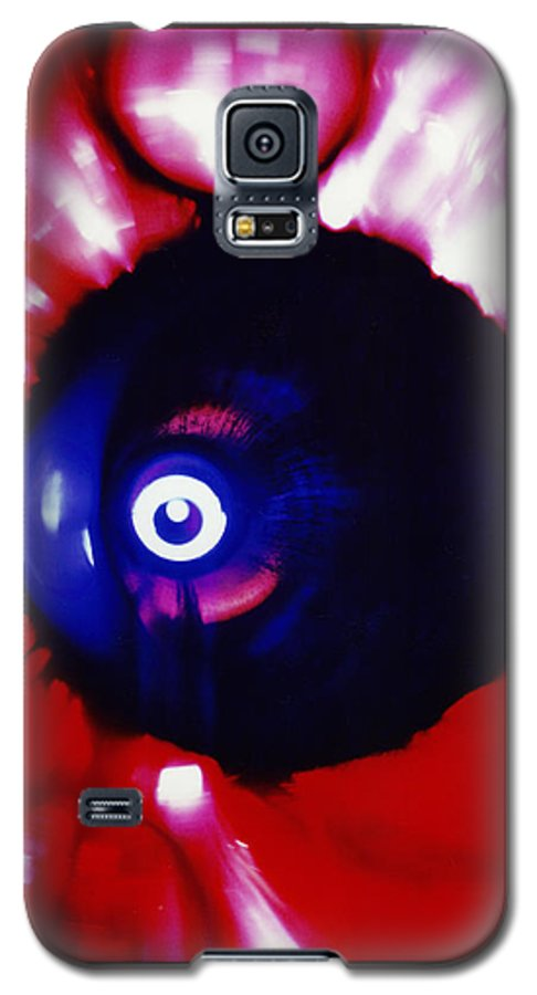 Abstract Galaxy S5 Case featuring the photograph Oracle by David Rivas