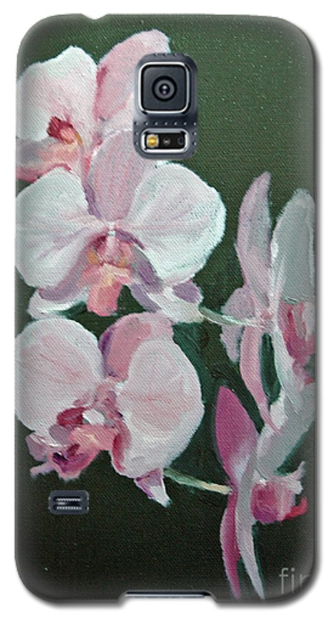 Floral Galaxy S5 Case featuring the painting Orchids For Didi by Glenn Secrest