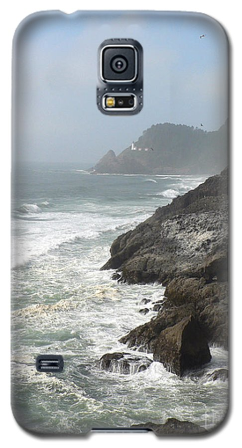 Pacific Galaxy S5 Case featuring the photograph Oregon Coast by Larry Keahey