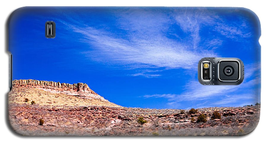 Red Galaxy S5 Case featuring the photograph Outside Lyons Colorado by Marilyn Hunt