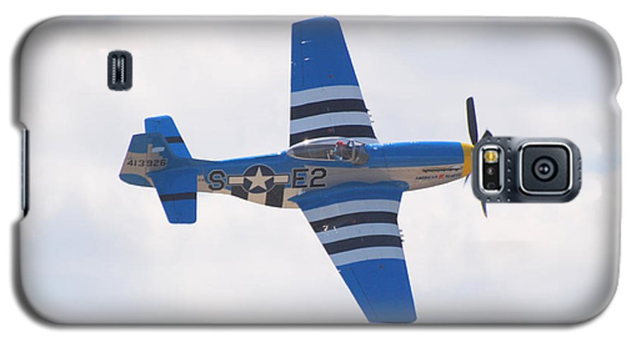 P 51 Galaxy S5 Case featuring the photograph P-51 Mustang American Rose by Larry Keahey