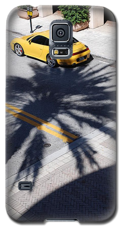 Porsche Galaxy S5 Case featuring the photograph Palm Porsche by Rob Hans