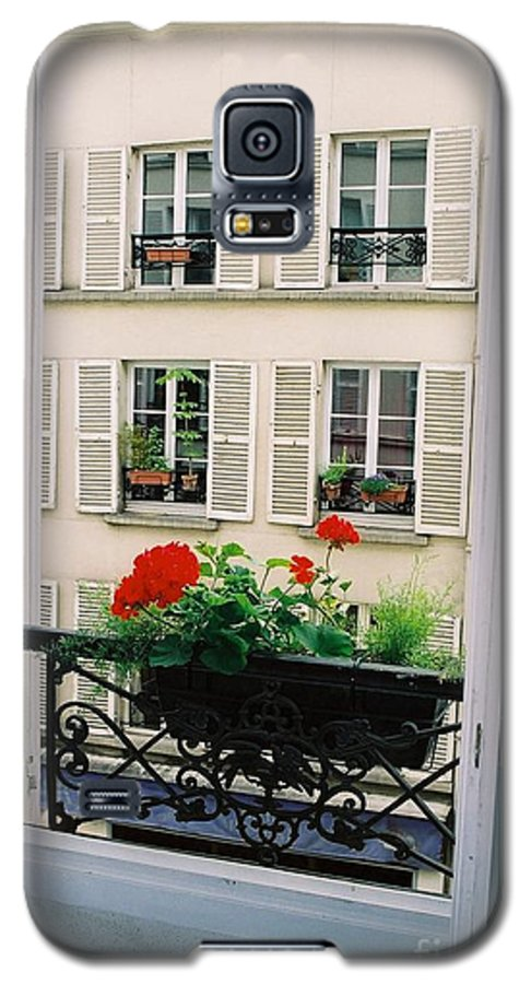 Window Galaxy S5 Case featuring the photograph Paris Day Windowbox by Nadine Rippelmeyer