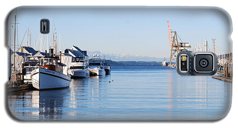 Olympia Galaxy S5 Case featuring the photograph Percival Landing by Larry Keahey
