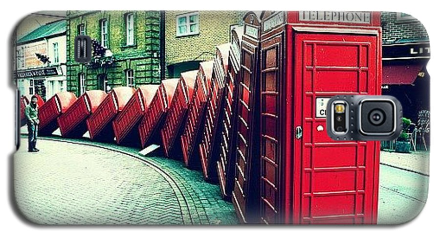 London Galaxy S5 Case featuring the photograph #photooftheday #london #british by Ozan Goren
