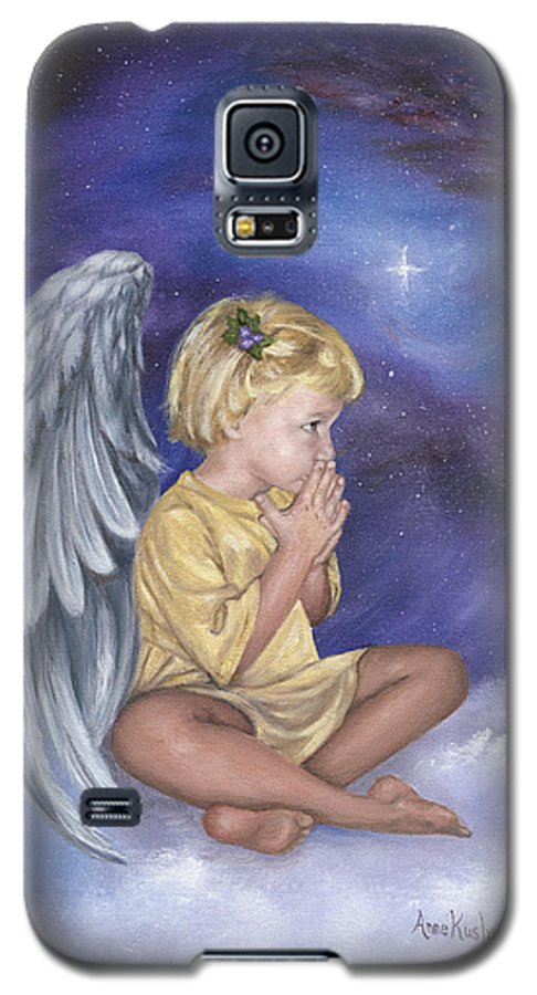 Christmas Galaxy S5 Case featuring the painting Praying Angel by Anne Kushnick