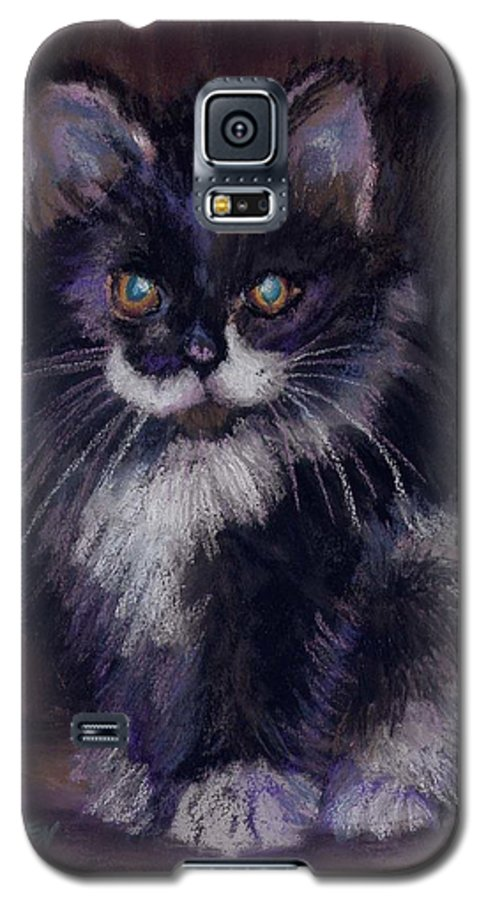 Kitten Galaxy S5 Case featuring the painting Ready For Trouble by Sharon E Allen
