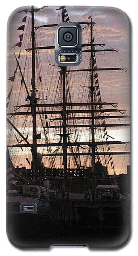 Eagle Galaxy S5 Case featuring the photograph R'eagle Sunset by Faith Harron Boudreau