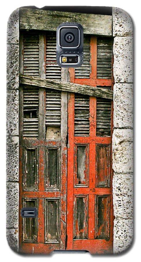 Door Galaxy S5 Case featuring the photograph Red Door by Douglas Barnett
