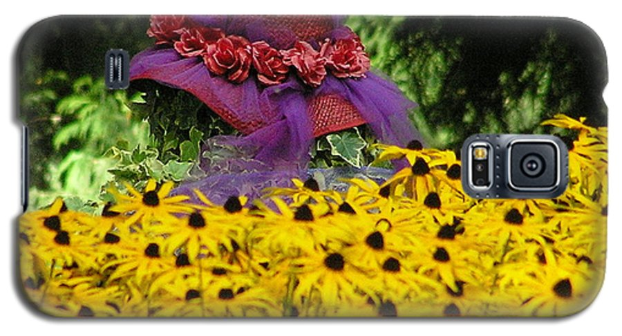 Red Hat Galaxy S5 Case featuring the photograph Red Hat Parade by Louise Magno