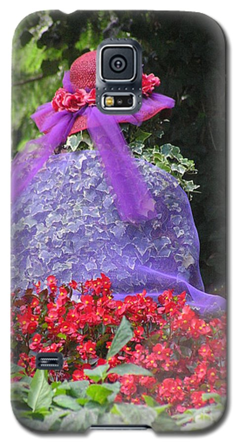 Red Hat Galaxy S5 Case featuring the photograph Red Hat Veil by Louise Magno