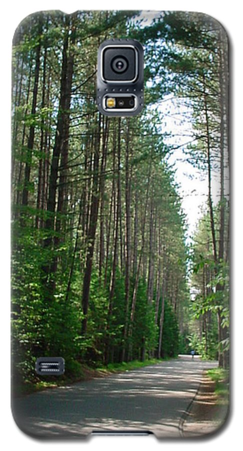 Fish Creek Galaxy S5 Case featuring the photograph Roadway At Fish Creek by Jerrold Carton