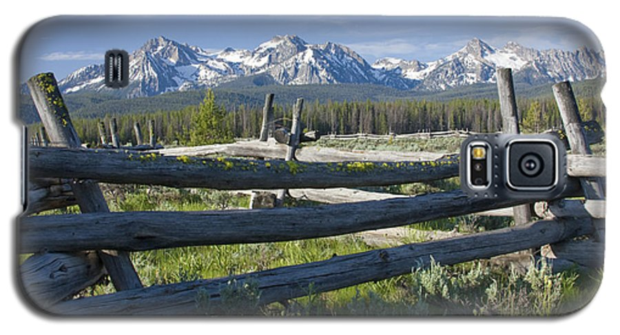 Sawtooth Galaxy S5 Case featuring the photograph Sawtooth Range by Idaho Scenic Images Linda Lantzy