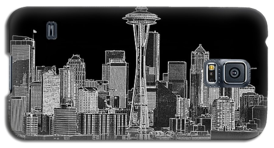 Black And White Galaxy S5 Case featuring the photograph Seattle Black And White by Larry Keahey