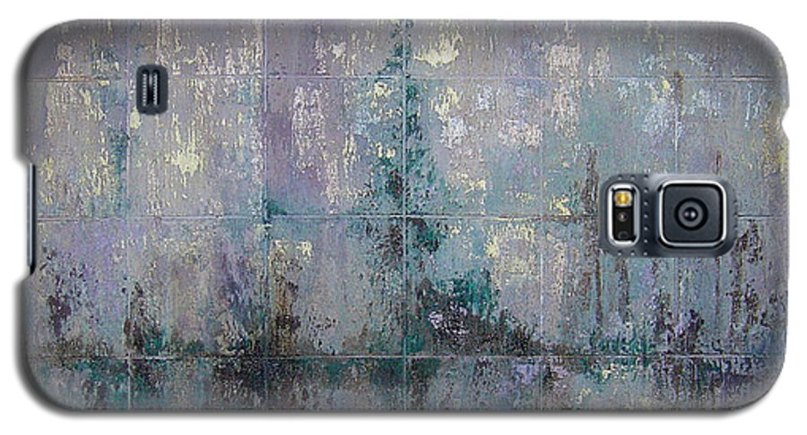 Abstract Galaxy S5 Case featuring the painting Silver And Silent by Shadia Derbyshire