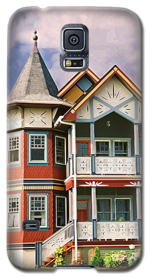 Landscape Galaxy S5 Case featuring the photograph Sisters Panel Two Of Triptych by Steve Karol
