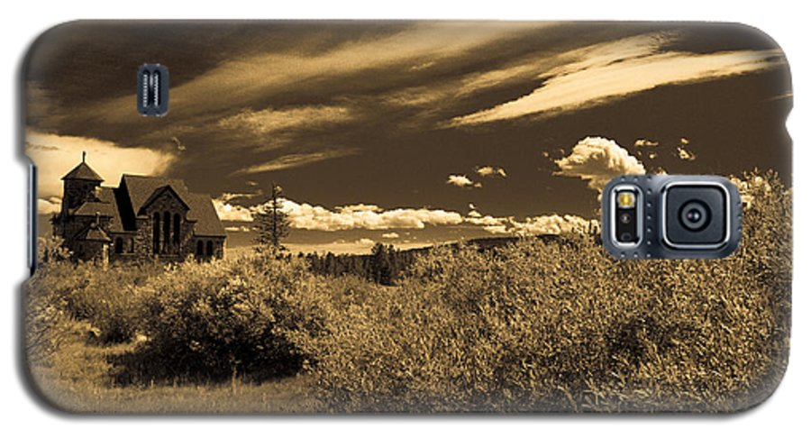 Church Galaxy S5 Case featuring the photograph Small Town Church by Marilyn Hunt