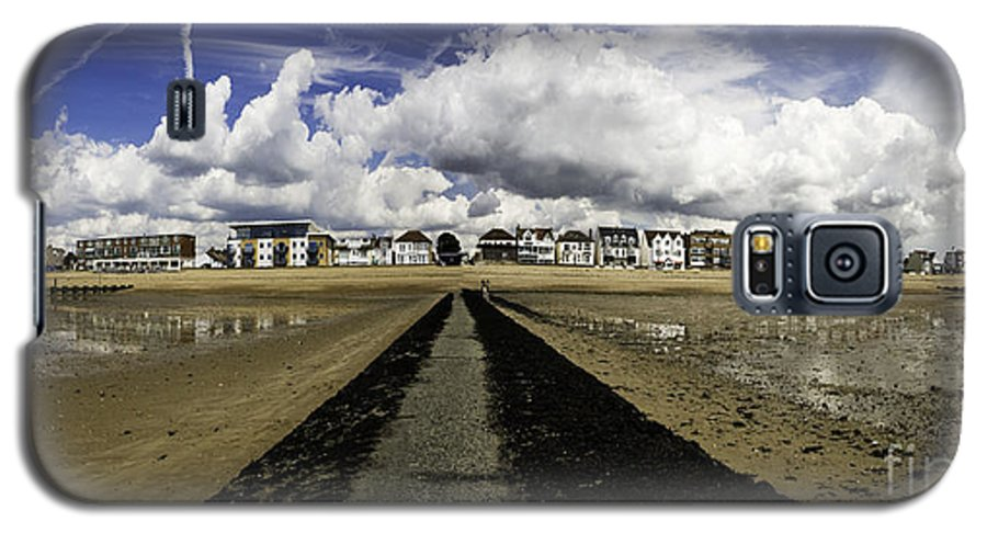 Southend On Sea Galaxy S5 Case featuring the photograph Southend On Sea Panorama by Sheila Smart Fine Art Photography