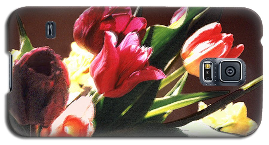 Floral Still Life Galaxy S5 Case featuring the photograph Spring Bouquet by Steve Karol