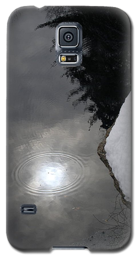 Landsscape Galaxy S5 Case featuring the photograph Storms End by Chad Natti
