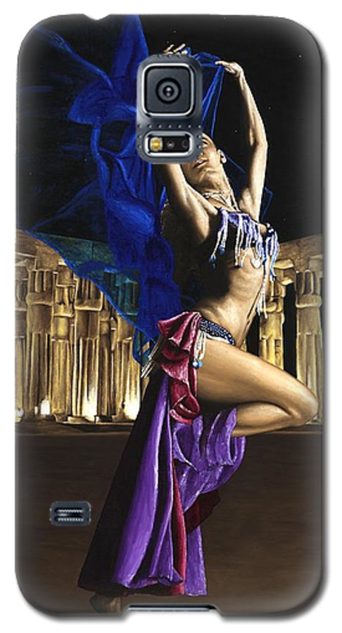 Belly Galaxy S5 Case featuring the painting Sun Court Dancer by Richard Young